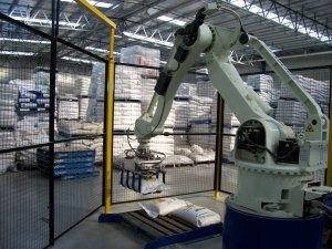 Salce pellet loading robot